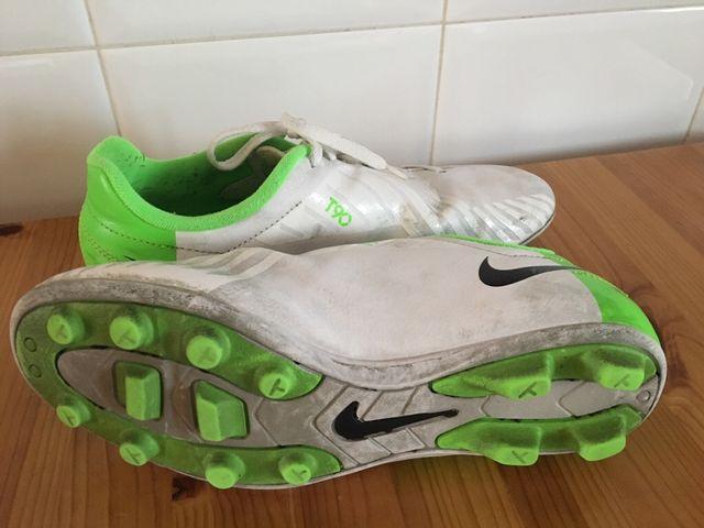 Zapatillas fútbol Nike T90