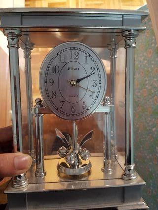 reloj HUABA