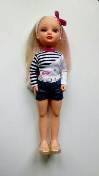 Muñeca Nancy de Famosa.
