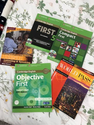 Lote libros FIRST B2