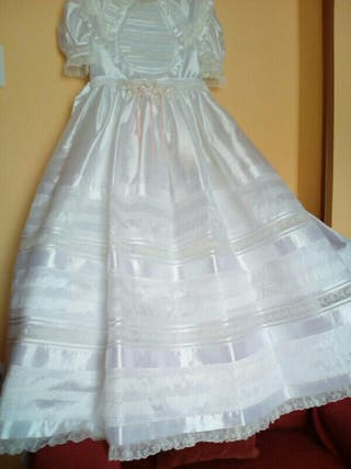 vestido comunión impecable
