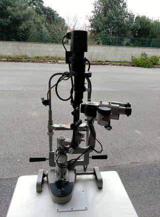 microscopio / iridoscopio