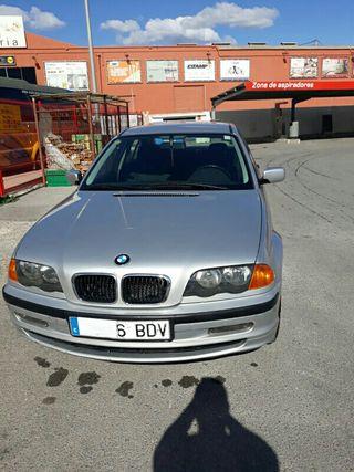 BMW 320 d 2001