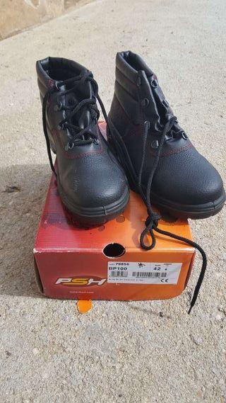 Botas y zapatos de seguridad 20€ cada uno