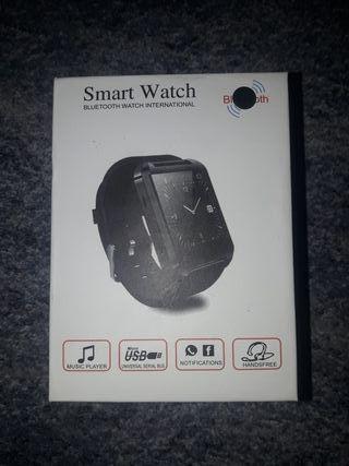 Reloj smartwatch a estrenar