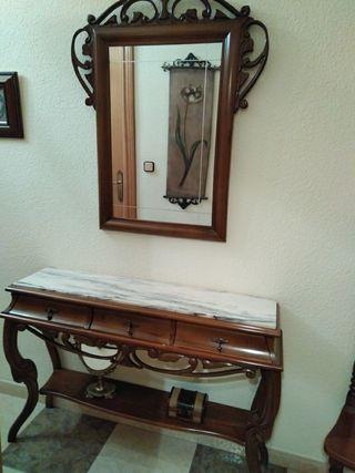 Juego de mesa y espejo de madera