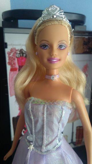 barbie Anika de la magia de pegaso