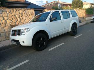 Nissan Pathfinder diesel 171 cv