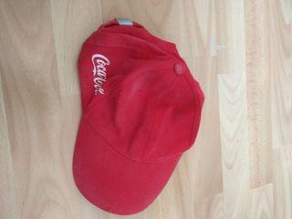 Gorra roja cocacola