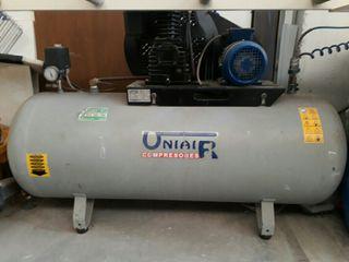 compresor uniair 270 litros como nuevo