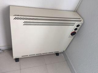 Radiador acumulador de calor