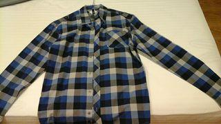 Camisa chico , quicksilver originsl, dos puestas