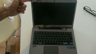 Portatil Samsung NP530U3CK01ES