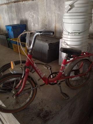 lote tres Bicicletas