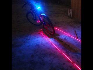 Luz trasera bici con rayos