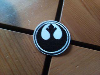 parche logo alianza rebelde