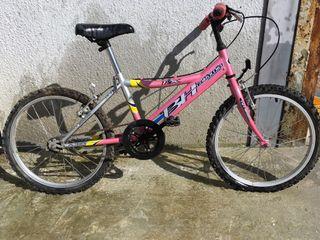 Bicicleta para niña BH