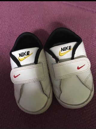 Playeros bebe Nike N17