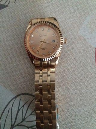 Reloj Dorado con circonitas unisex