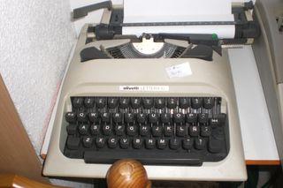 maquina para escribir olivetti