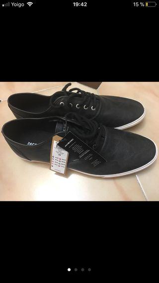 Zapatos de chico jack&jones N43 NUEVOS