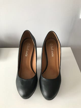 Zapato tacon salon negro 39