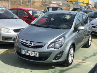 Opel Corsa 5 puertas 1.4 Selective S. 2.169KM. Único dieño.