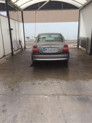 Opel Vectra 1.6 estado impecable