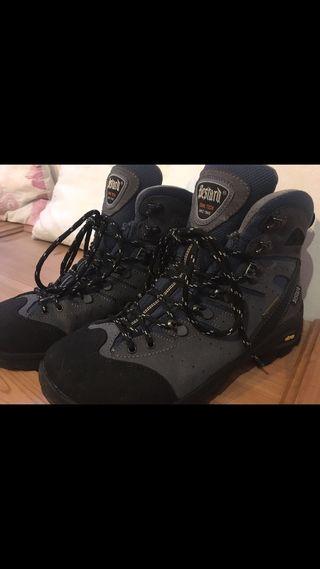 Zapatos de montaña