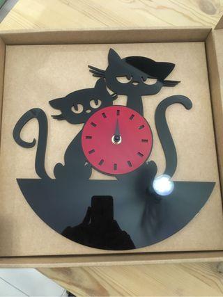 Reloj pared gatos