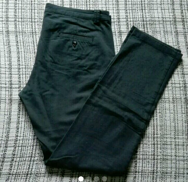 Pantalones chinos talla 40