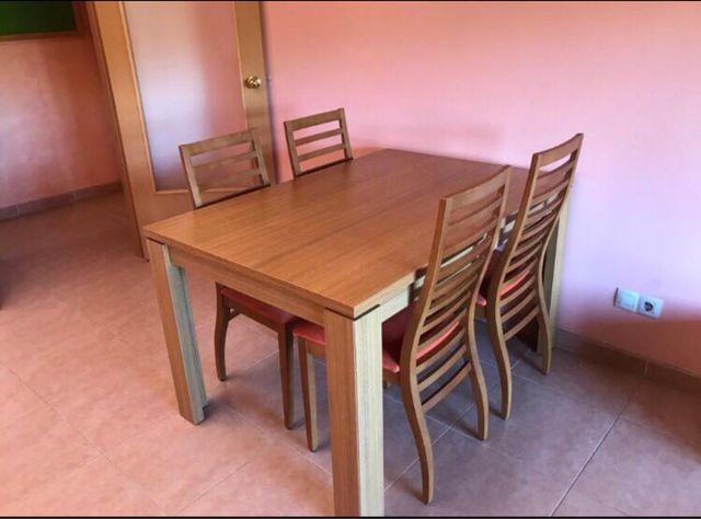 Mesa comedor 4 sillas (precio negociable) de segunda mano por 140 ...