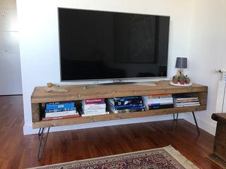 Mueble de televisión rústico industrial