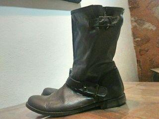 Zapato mujer - botas cuero - T39