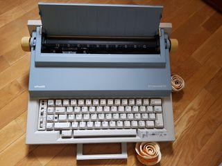 Máquina de escribir Olivetti ETpersonal 55