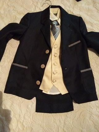 Traje chaqueta niño