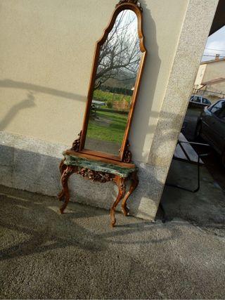 Mueble espejo antiguo