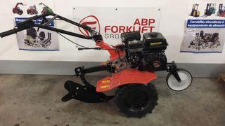 Motoazada de 6.5CV con ruedas agricolas y aporcado