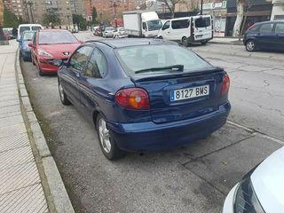 Renault Megane coupe 2001
