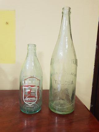 Botellas de agua de coleccion