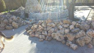 Piedra de jardin Rocalla.