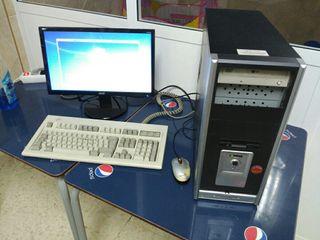 PC + Pantalla Acer TFT