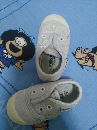 Zapatillas bebe 20