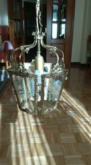 Farol de bronce y vidriera