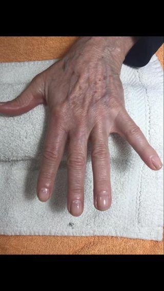 Manicura y masaje de manos