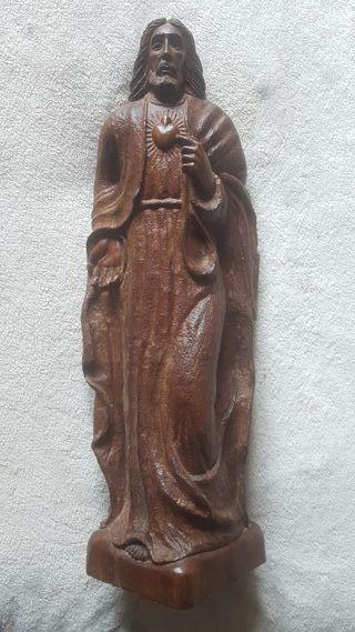Jesus tallado en madera