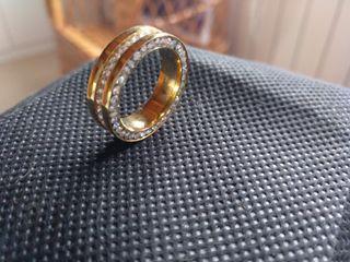 anillo brillantes
