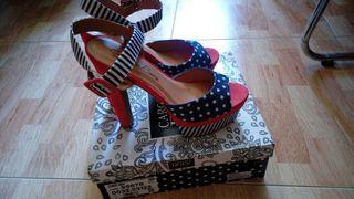 zapatos estilo pin up