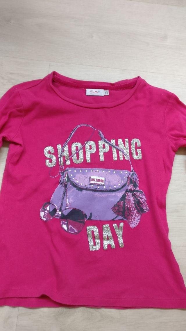 Camiseta niña de segunda mano por 10 € en Barcelona en WALLAPOP a580ee6f0fe
