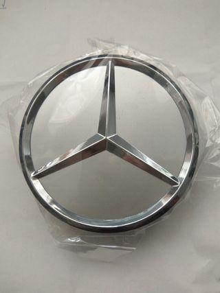 Centros de llanta Mercedes tapabujes logo plateado